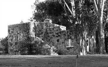 Black and white photo of a WPA Rustic building in Lamar.