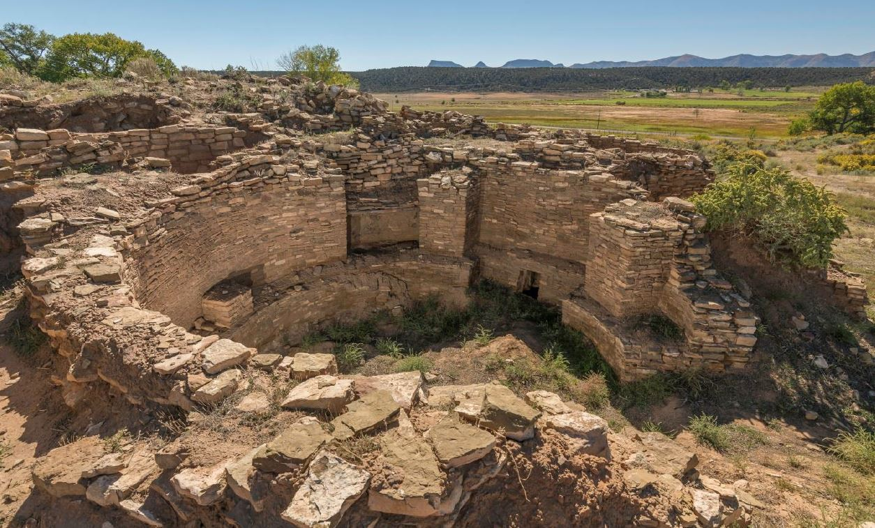 Ancestral Puebloan roofless kiva at the Haynie Site 5MT.1905.