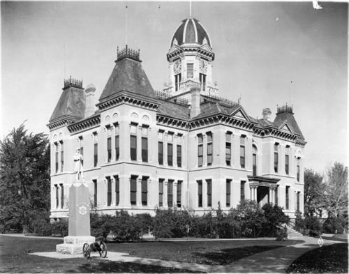 Boulder County Courthouse in 1933
