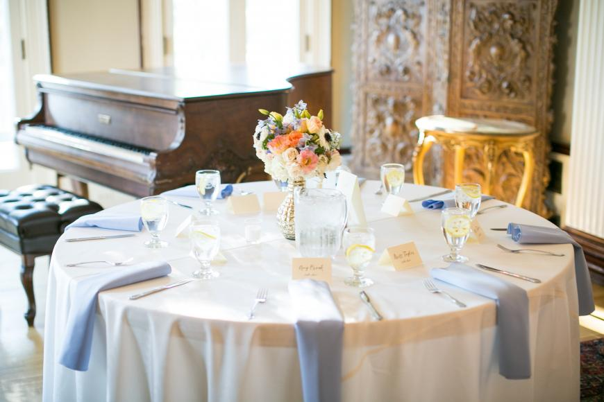 Grant-Humphreys Mansion table setting