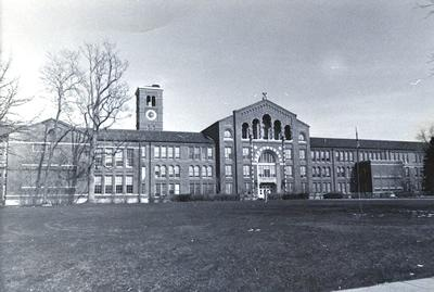 Black and white photo of South High School (5DV.2092).