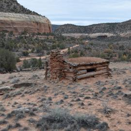 A photo of the Henry Huff Cabin.